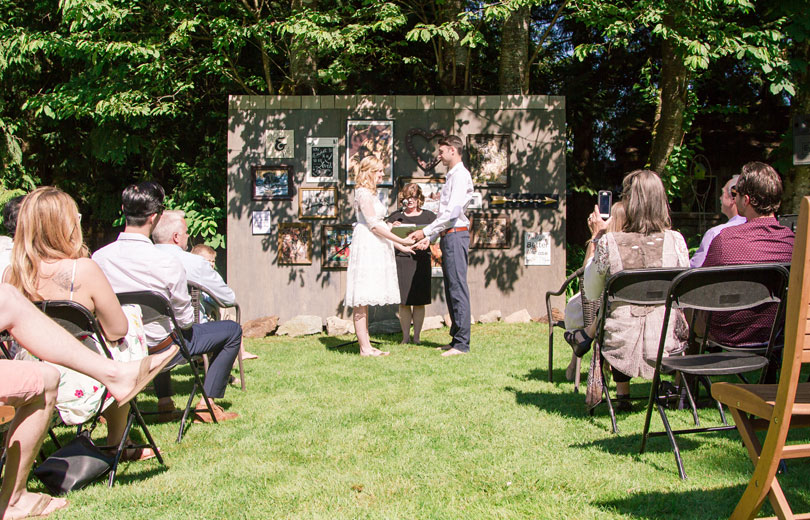 jenny and nick surrey backyard wedding